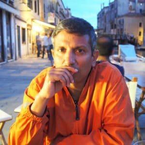 Sumitrajit (Sumit) Dhar, PhD Headshot