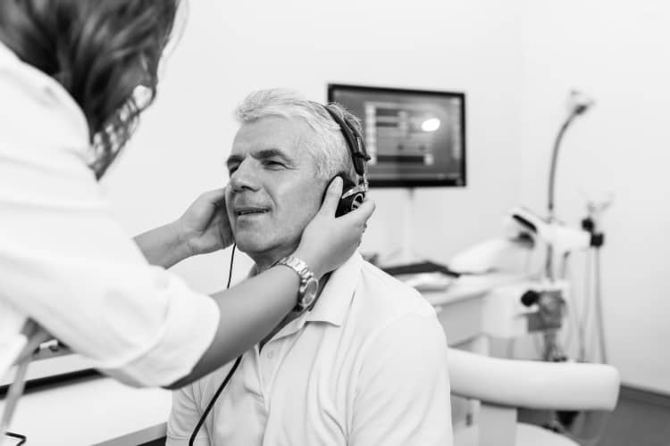 bw-hearing-test