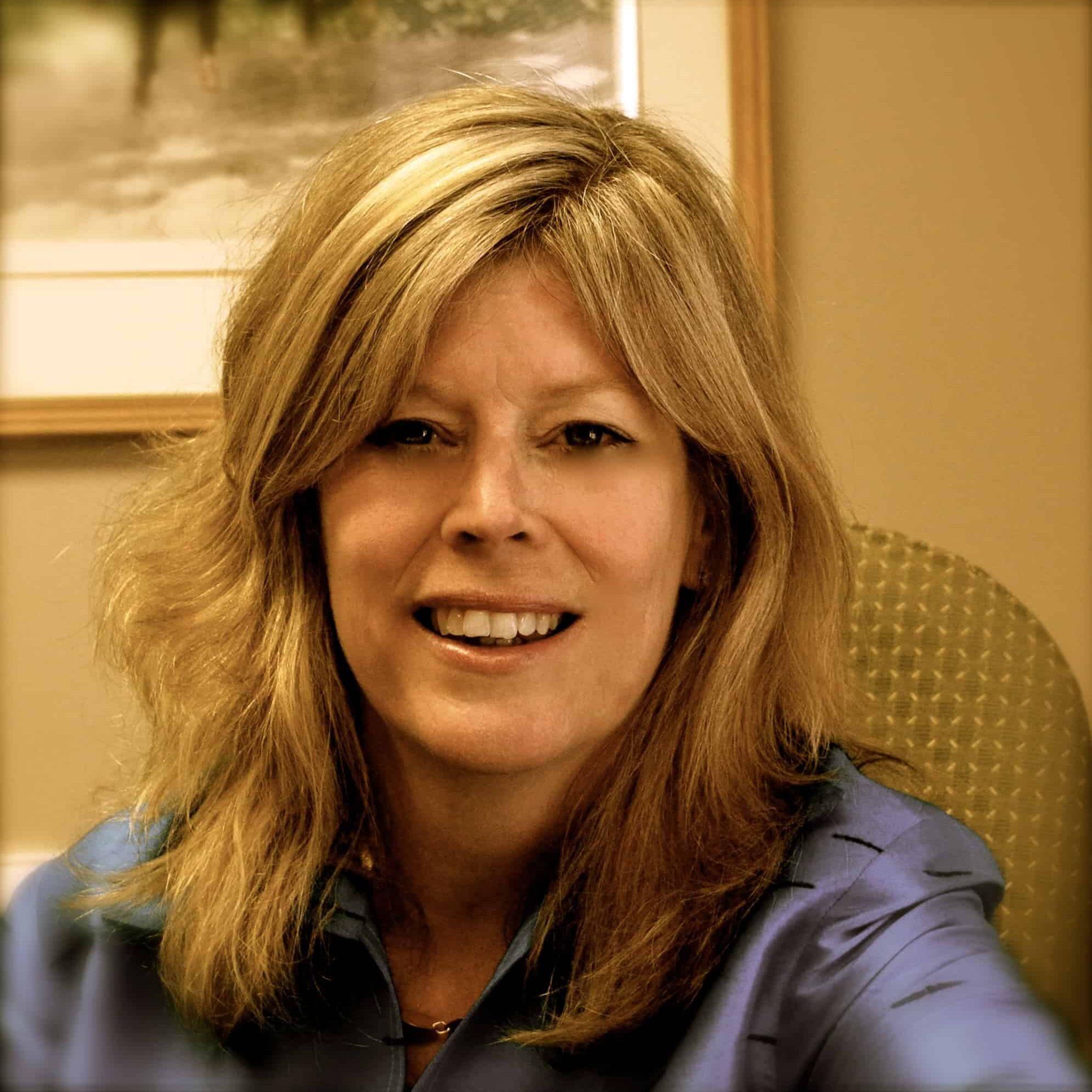 Vicki Bendure Headshot